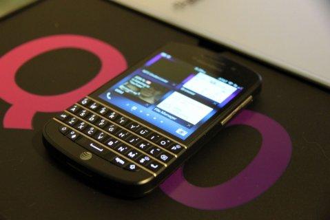 Q10,Brand New Blackberry Porsche Design P9981 is with Arabic Key