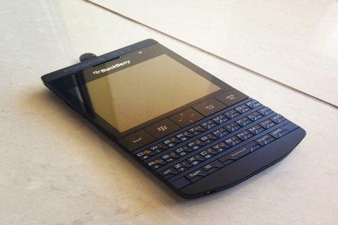 للبيع : Apple iPhone 5 16Gb,Blackberry Porsche Design P9981