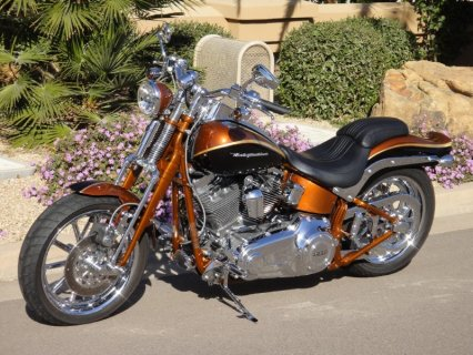 2008 Harley-Davidson FXSTSSE2 Screamin Eagle CVO