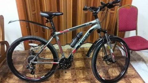 »  دراجه هوائيه ماركه عالميه disk- 3700-TREK