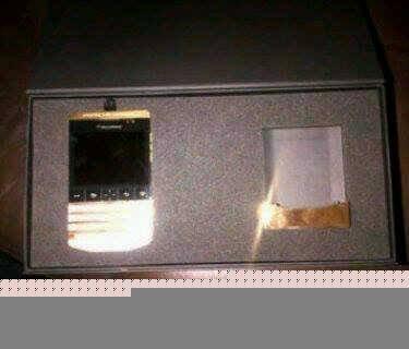 بلاك بيري بورش P9981 تصميم BB الدردشة: 2A28F4D4 / BB: 230036A6