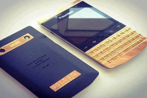 WTS : BLACKBERRY PORSCHE GOLD DESIGN/BB Q10/BB Z10