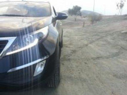 سيارة جيب سبوراتاج ماشية 80000 نظيفة جدا للبيع