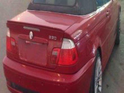 سيارة بي ام دبليو  330 E46 ذات غطاء قابل للطي