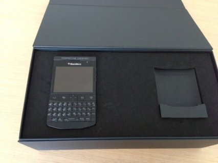 Blackberry Porsche with Arabic keyboard