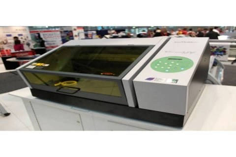 Roland VersaUV LEF 20 Benchtop UV Flatbed Printer....$3,800