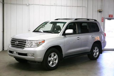USED CLEAN 2011 TOYOTA LAND CRUISER SILVER COLOUR