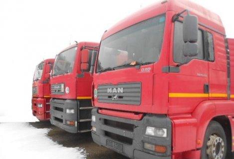شاحنة MAN TGA 18.430 موديل 2006