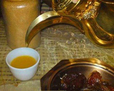 قهوجي الرياض 0558033861خبرة في أعداد وتقديم القهوة العربي والشاي