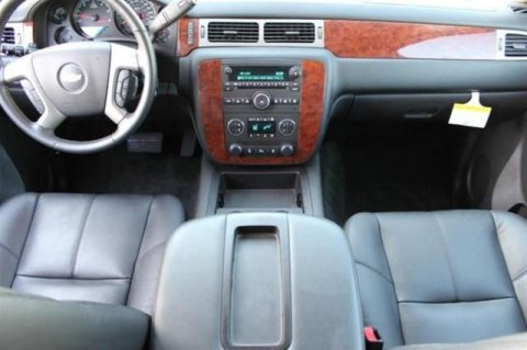 2013 Chevrolet Suburban 4WD SUV, Gcc spec.
