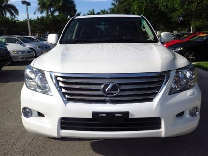 2011 LEXUS LX 570, NO ACCIDENT