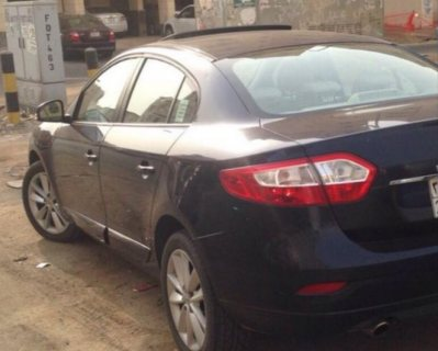 سيارة رينو ٢٠١٢للبيع