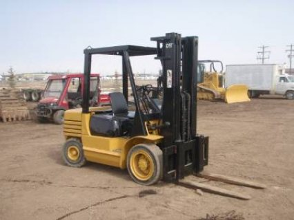 IT# 3089-2003 CATERPILLAR DP35 13,500 LB FORKLIFT