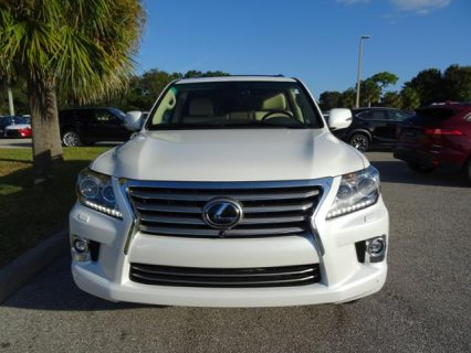 For sale USED 2014 Lexus LX 570 SUV WhatsApp.+2349077733480