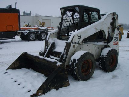 شيول بوبكات IT# 46-2004 Bobcat S250 Skid Steer Loader