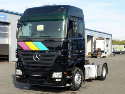 راس قاطرة Mercedes Actros 1844 سنة الصنع 2011
