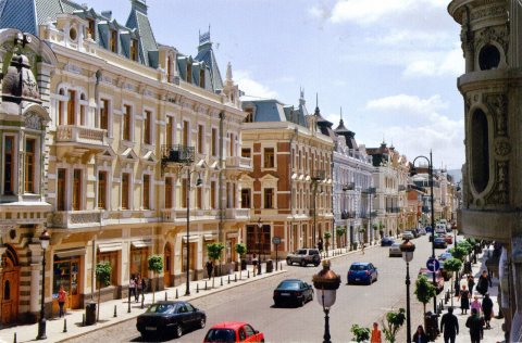 سكن راقى.استثمار مضمون.اقامة بأمتلاكك شقتك الفندقية بجورجيا بسعر خيالى