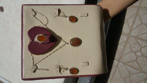 طقم مجوهرات عقيق يمني عسلي نسائي طبيعي 100% Onyx Agate
