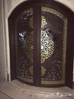 هل تبحث عن أبواب خشبية وحديدية وباليزر فى الرياض ؟