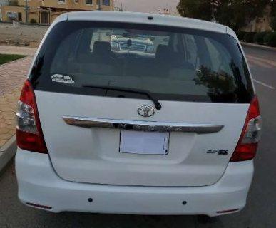 سيارة انوفا 2013