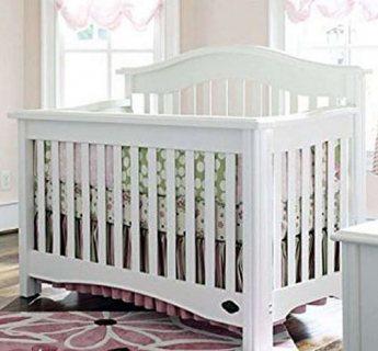 سرير أطفال جديد