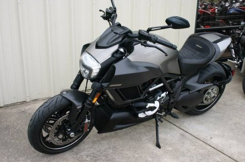 ducati diavel  whatsapp... +12545234804