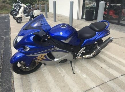 suzuki hayabusa  whatsapp...  +971558571952 clean