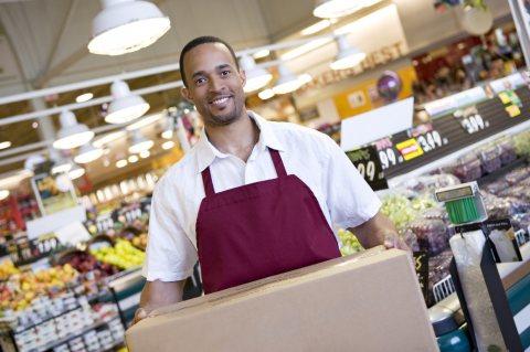 موظفين مبيعات وكاشير مؤهلين للعمل بالمحالات التجاريه