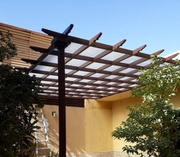 أحدث صور مظلات 2020- تركيب مظلات حديد شكل خشب مظلات خشب بلاستيك في الرياض