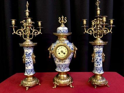 طقم فرنسي انتيك ساعة مع شمعدانين سنة الصنع 1870