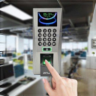 جهاز اكسس كنترول ZKT f18 يعمل بالبصمه والكارت والرقم السري