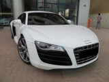 2012   AUDI R8, V10 , 16000 KLMS WHITE WITH BLACK LEATHER INTERI