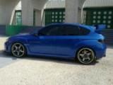 سيارة ماركة سوبارو لون ازرق فل الفل