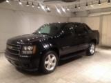 سيارات امريكية للبيع تقدم سيارة 2010 Chevrolet Avalanche 1500 LS