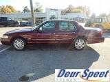 سيارات امريكية للبيع تقدم سيارة  2010 Mercury Grand Marquis LS