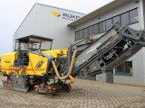 » للبيع قشاطة اسفلت Wirtgen W 210 موديل 2012